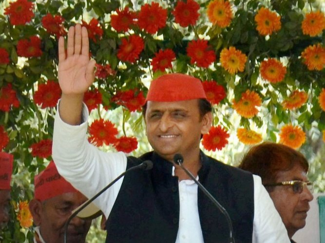 Akhilesh campaigns for rape accused minister