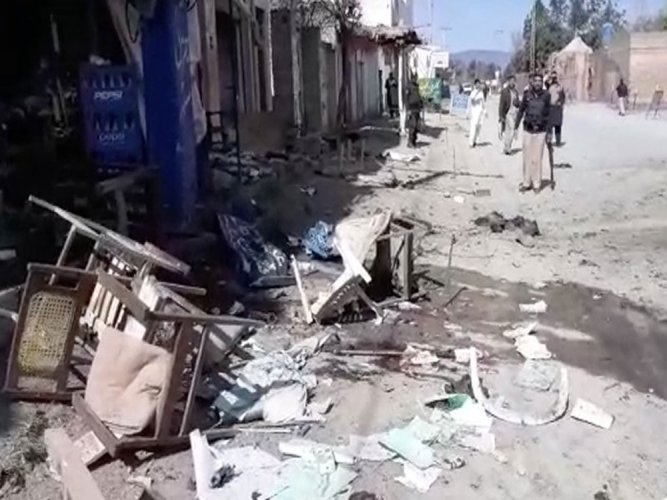 Terrorists attack near Pak court, casualties feared