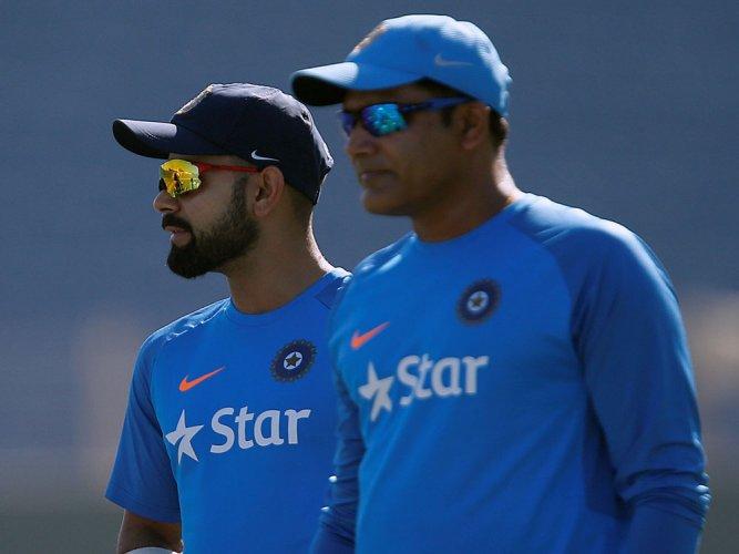 Kohli praises coach Kumble