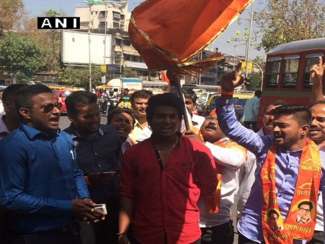 Sena maintains grip on Mumbai, BJP leads in other cities