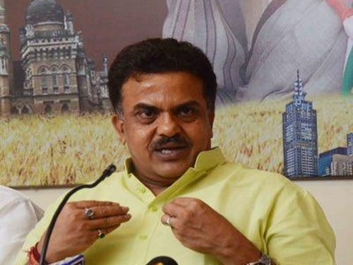 Nirupam offers to quit over Cong's poor show in BMC poll