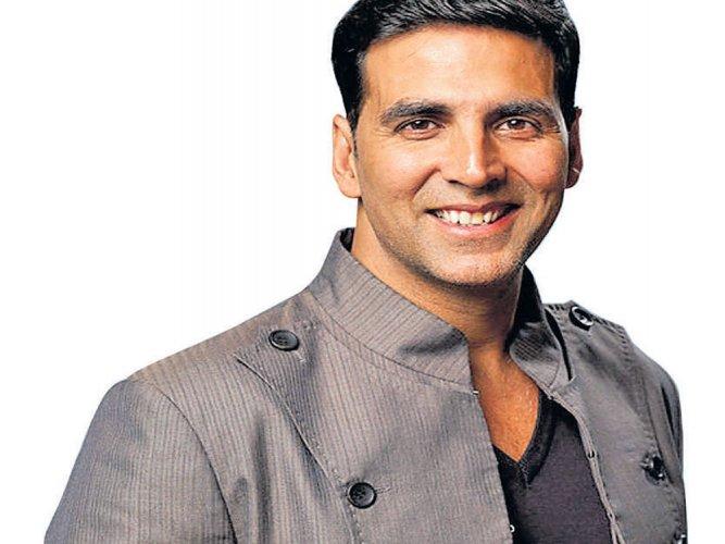Akshay is happy with recreation of 'Tu Cheez Badi Hai'