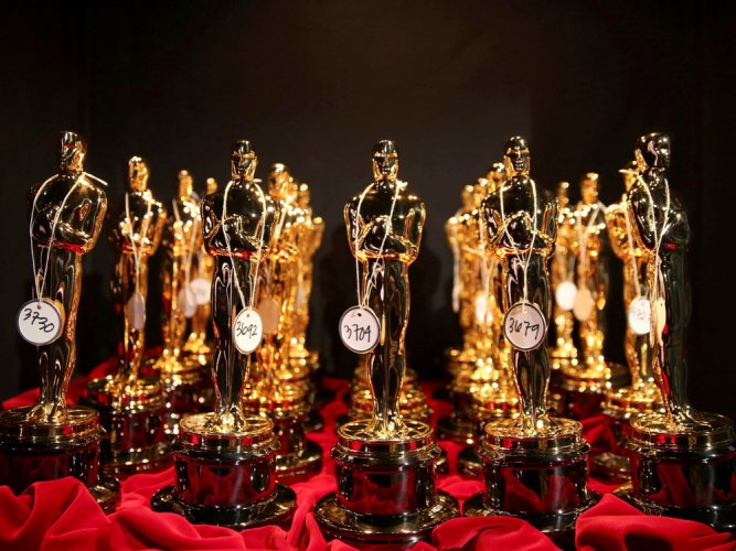 Oscar statue is worth only USD 10
