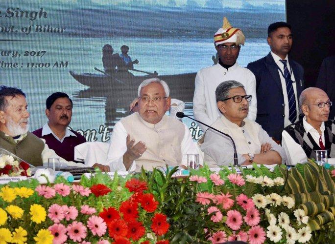 Nitish seeks national debate to protect Ganga