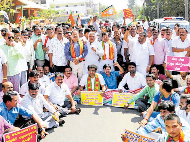 Diary row: BJPprotests against CM, demands resignation