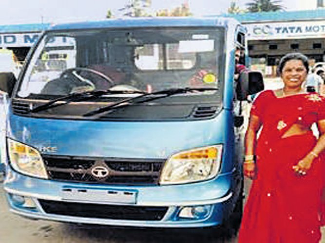 Wastepicker gets own vehicle for garbage collection