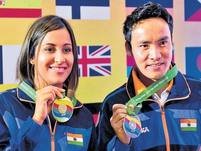 Heena-Jitu win mixed gold
