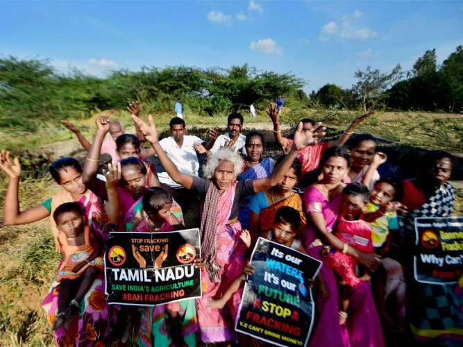 Cola ban in Tamil Nadu will lead to black marketing: Badal