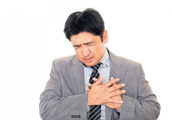 Desk jobs may be bad for your heart, waist: study