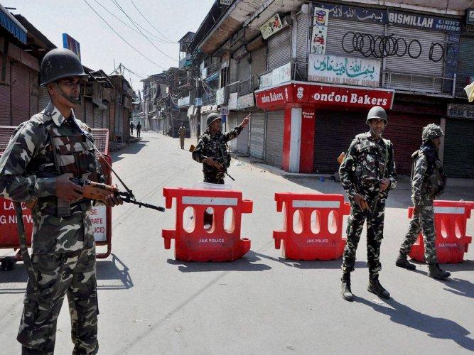 J&K: Militants hurl grenade at security forces,civilian killed