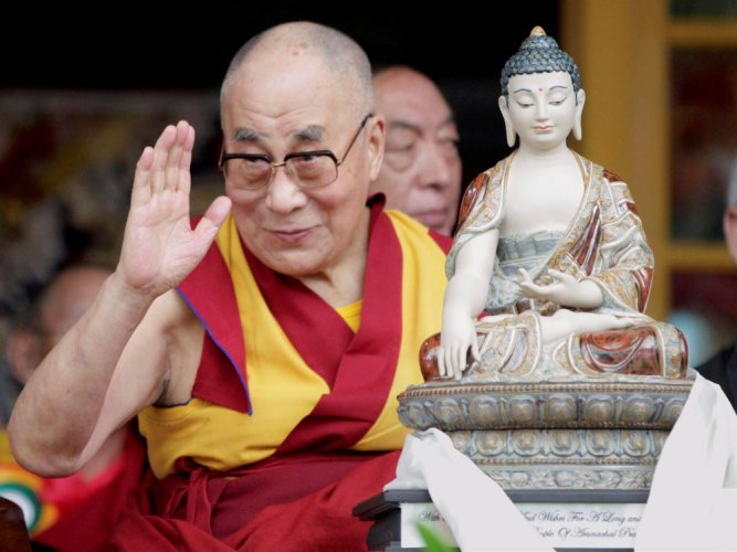 India to host Dalai Lama in disputed territory, defying China