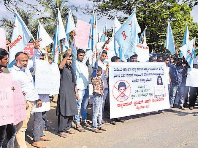 CFI condemns attacks on students, teachers of DU