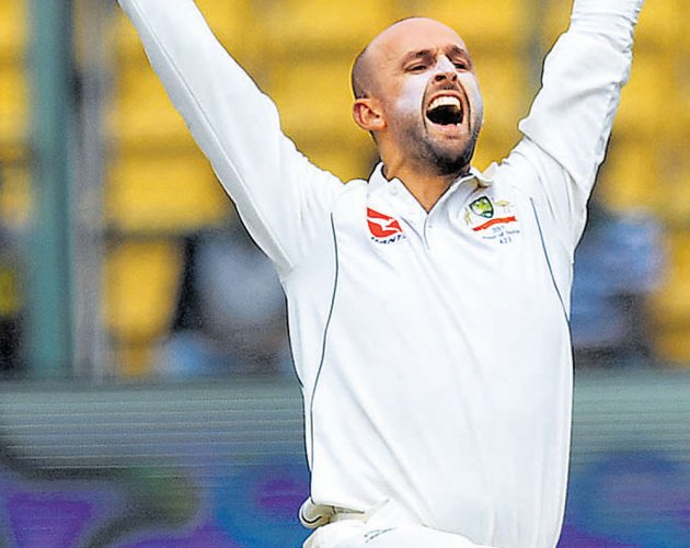 Nathan Lyon triggers Indian collapse