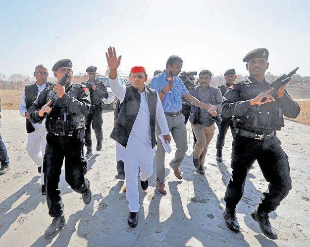 Minorities favour SP-Congress