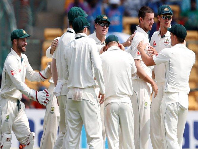 India set Australia 188-run target in second Test