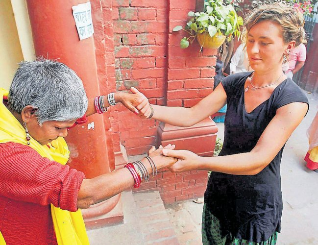 60% turnout in final phase of UP polls