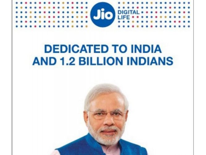 Reliance Jio, Paytm apologise for using PM's photo in ads