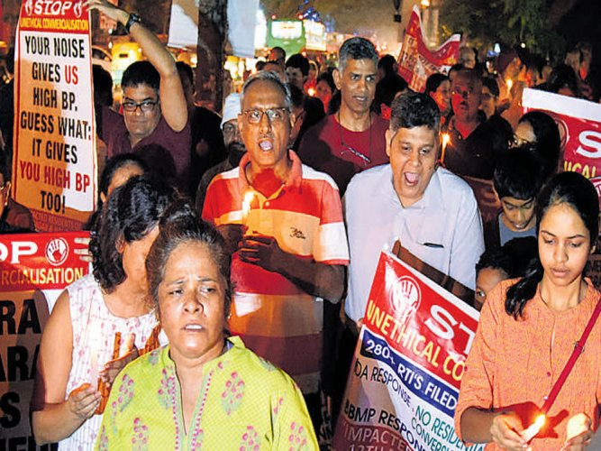 Indiranagar residents protest zoning violations