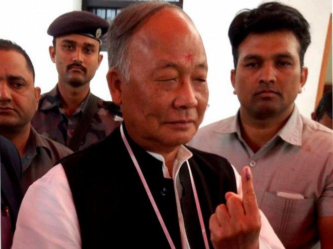 Manipur Governor asks CM O Ibobi Singh to submit resignation