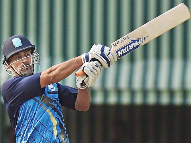Jharkhand eye semifinal spot