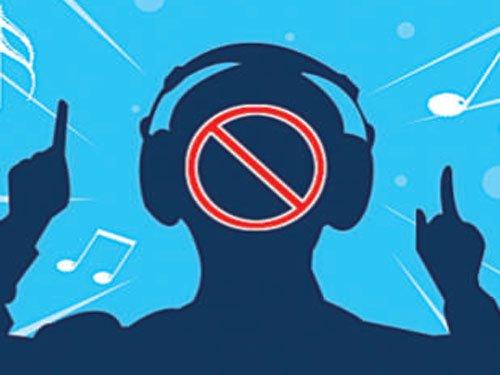 Indian-origin nurse gets anti-noise order against loud music