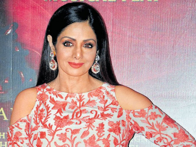 Sridevi  dons a mysterious look