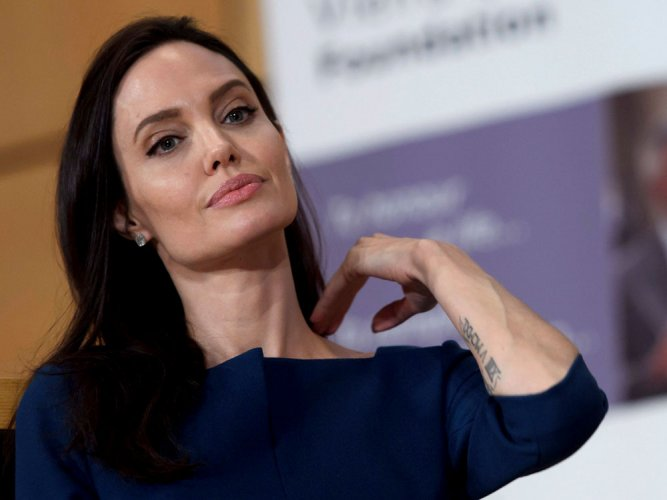 Angelina Jolie calls on world leaders to reject fear