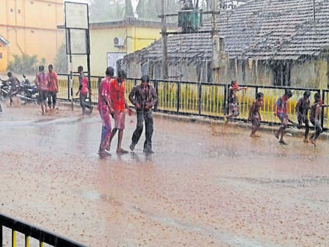 Rains in different parts of state