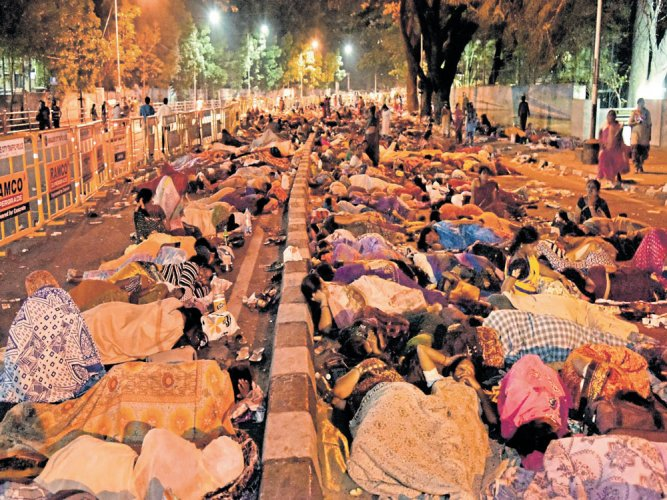 Anganwadi staffers' protest causes gridlock in CBD areas