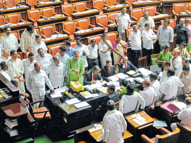Workers' protest echoes in legislature