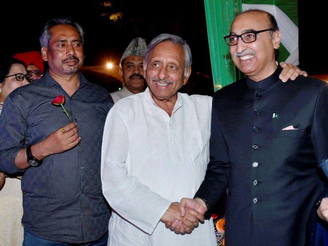 Basit's remark on Kashmir draws flak