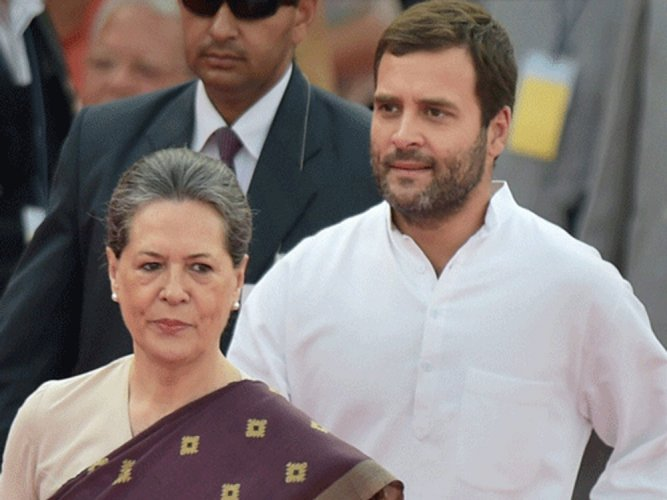 Sonia, Rahul back in India amid calls for reshuffle