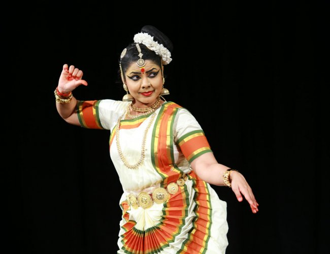 Music and dance reviews - Beautiful 'Smrithi'