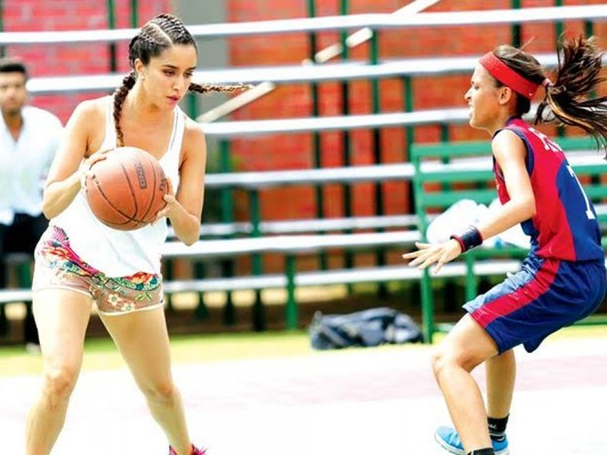 Shraddha Kapoor's first look from 'Half-Girlfriend' out