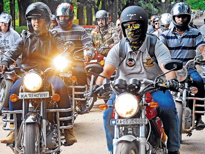 Two-wheeler cos need more time to sell BS III inventory