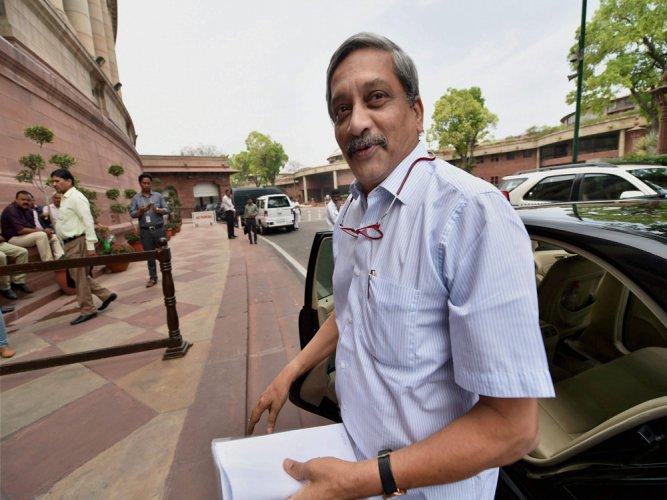 Parrikar comes to Rajya Sabha, taunts Cong leader Digvijay