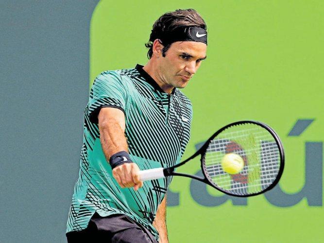 Federer survives Berdych scare