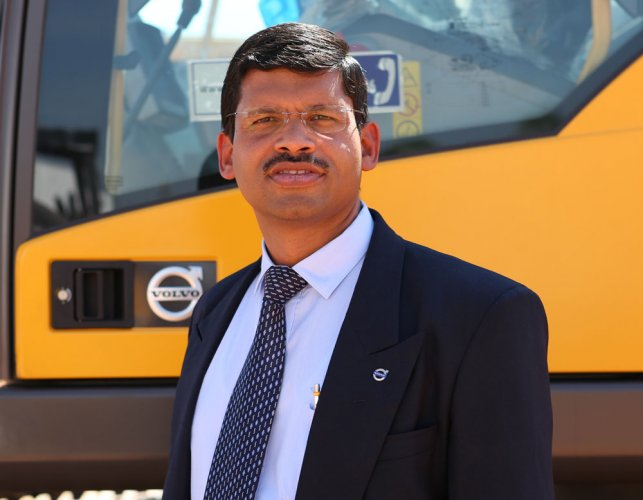 Volvo CE drives out on highway demand