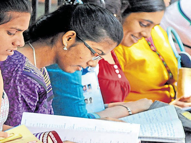 Students find  JEE Main paper lengthy and tricky