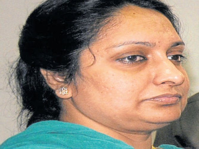 Govt not to challenge high court order to quash FIRagainst IAS officer