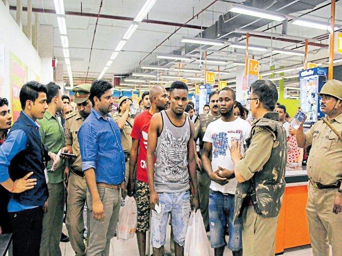 Attacks 'racial', India took no steps: African envoys