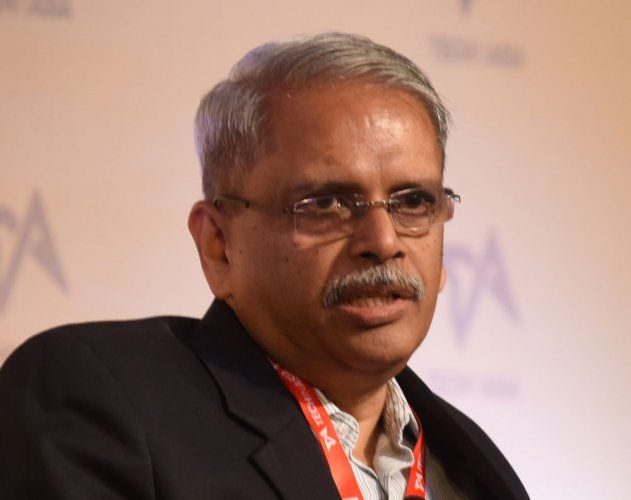 Uncertainty on visa front key challenge for IT: Infy co-founder