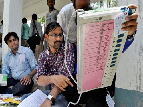 'No need to change law to use ballot papers'