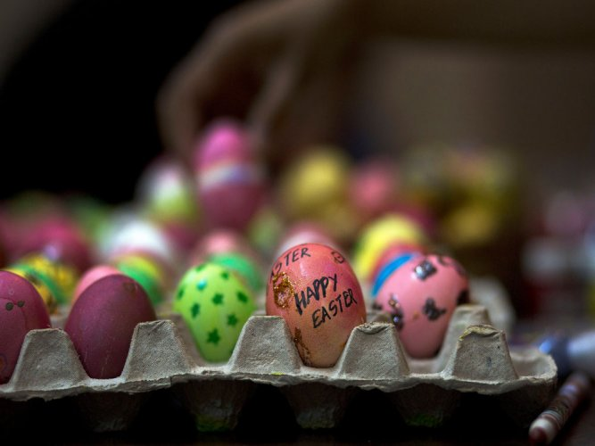 British PM wades into Easter egg row