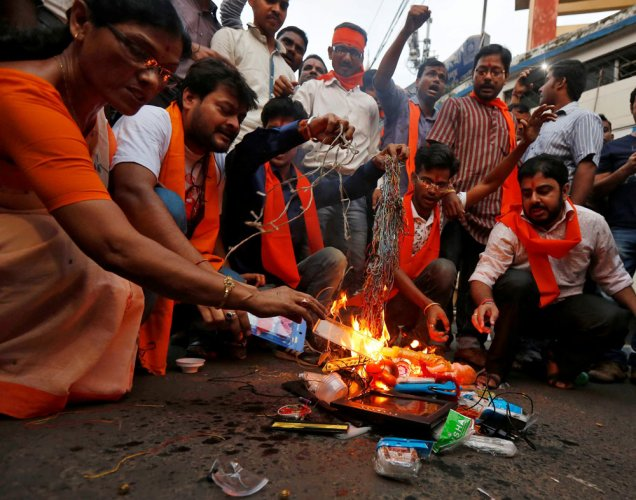 Shun Chinese goods, enact 'Buy Indian Act': RSS body to govt