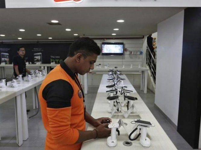 Energizer to get into India mobile market