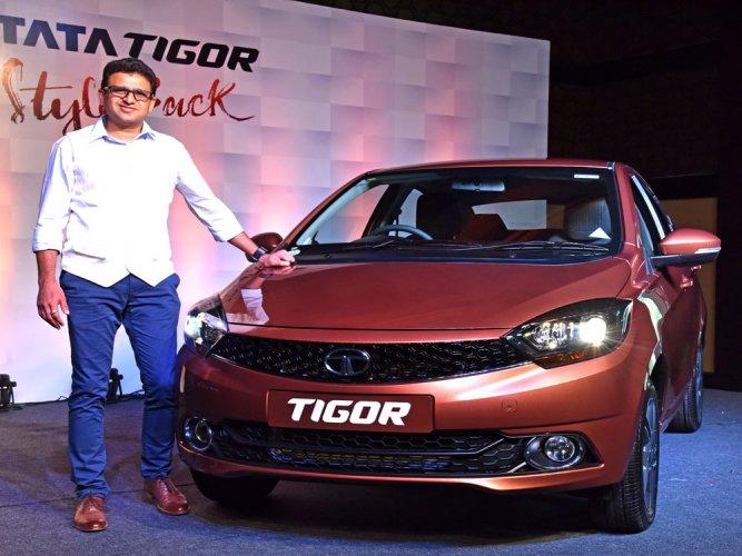 Tata Motors bets big on online booking