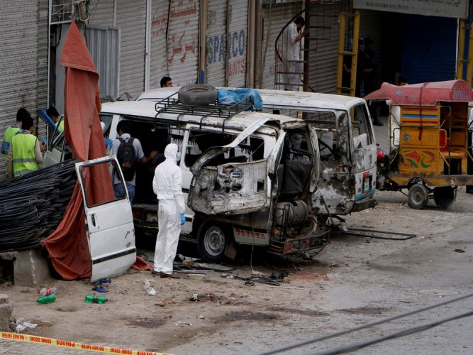 7 killed, 19 injured in Lahore blast targeting census team
