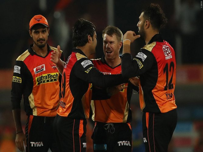 Dominant Sunrisers outclass RCB by 35 runs in IPL opener