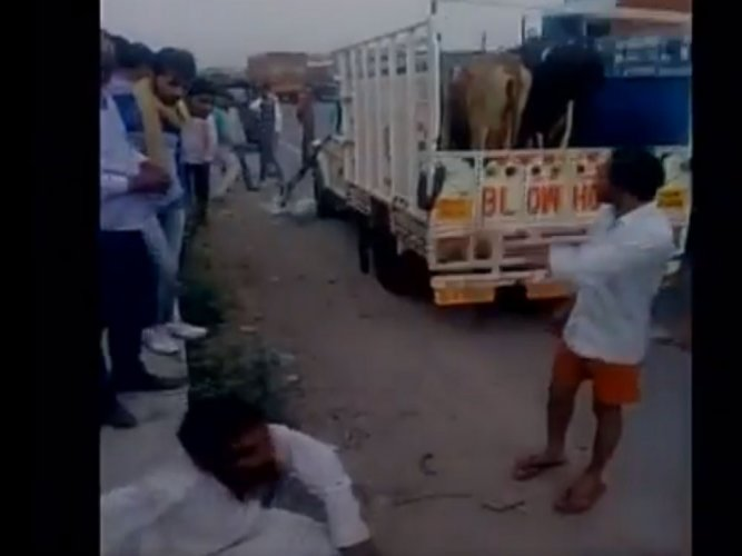 Ruckus in RS over Naqvi's statement on cow vigilantes in Alwar
